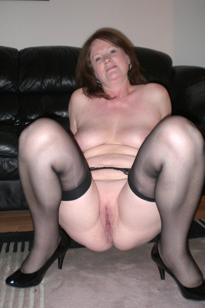 Do you like to fuck a mature pussy? I have one for you